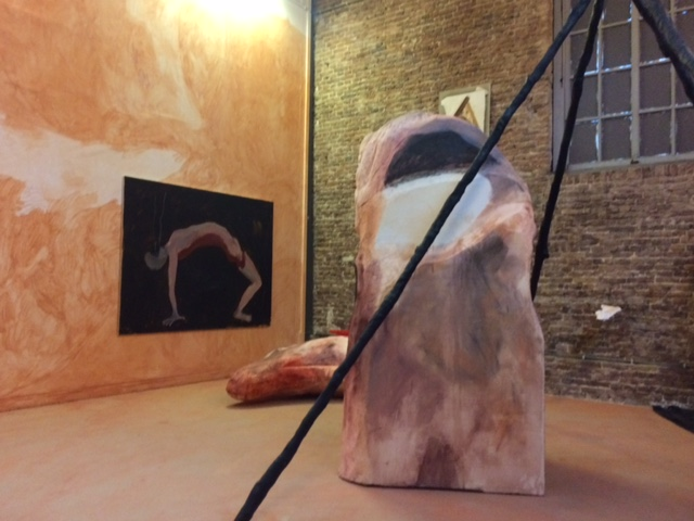 Beeld: Eva Spierenburg: The body and the ground, begane grond, atelier 9